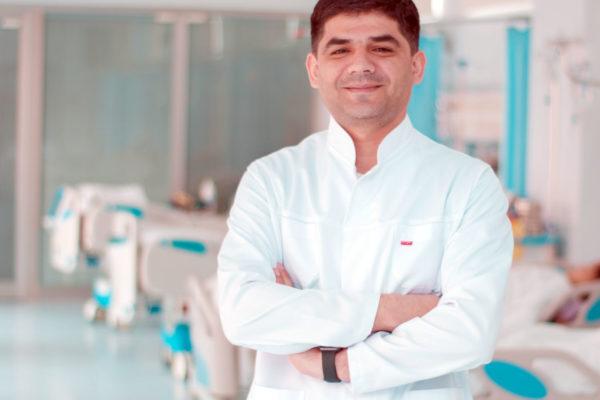 Dr. Ruslan Qasımov